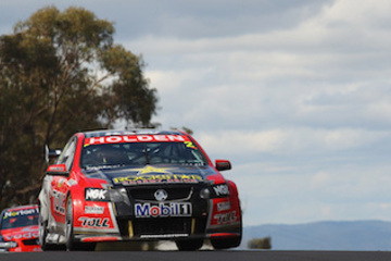 Historic racing cars - 2011 Holden Commodore - United Autosports