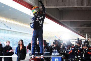 Watch videos from United Autosports